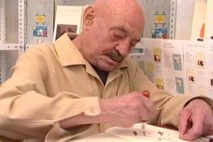 Pasó en Sanse: José Hierro firmó libros en la Feria del Libro de Madrid