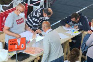 Fantástico ambiente en una jornada electoral inolvidable con largas colas y mucha seguridad