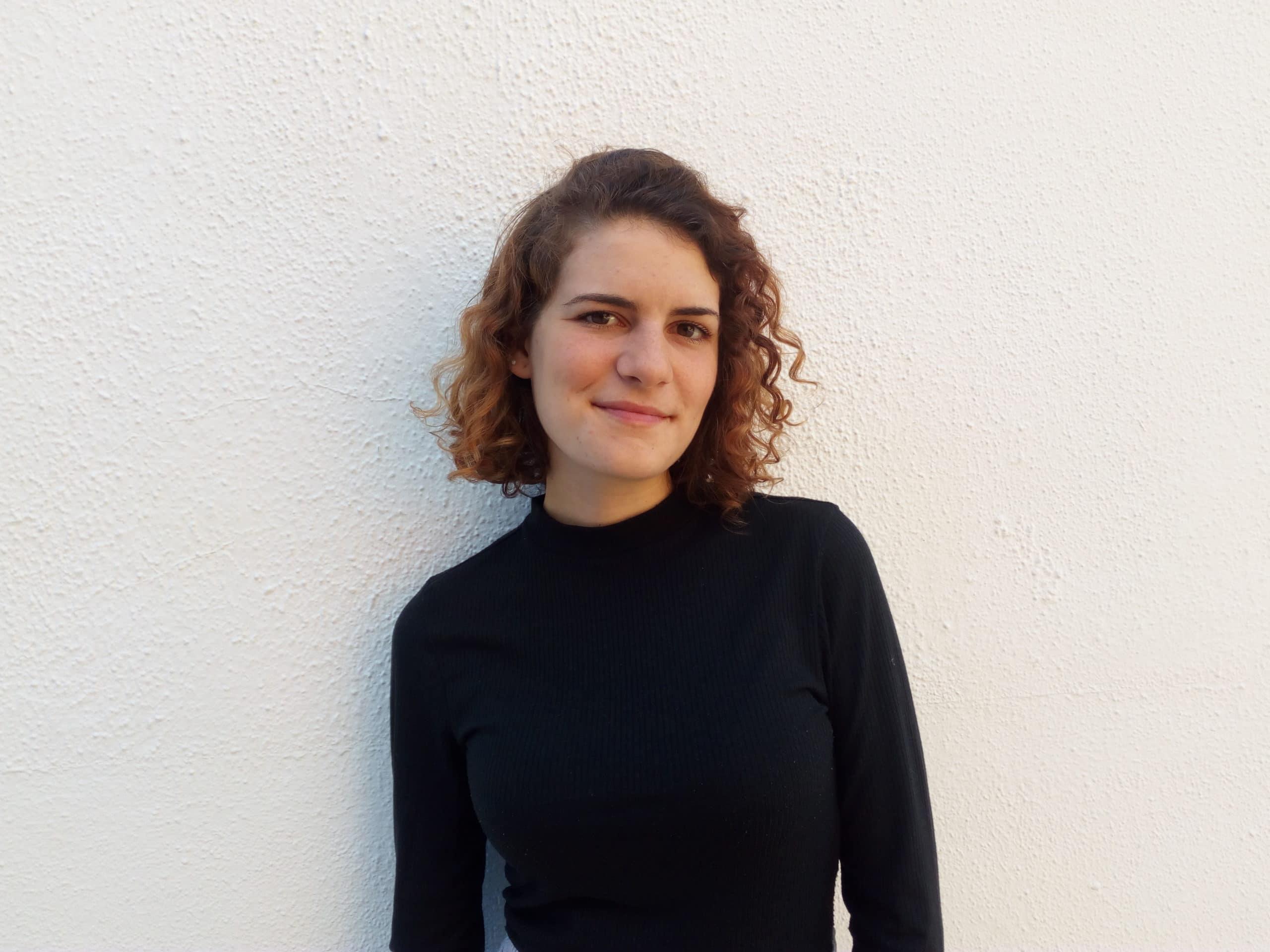 María Domínguez, Premio Félix Grande.