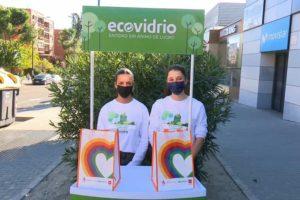 """""""Reciclo y Reforesto"""", la campaña de Ecovidrio también a pie de calle en Sanse"""